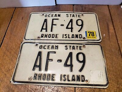 Rhode Island license plate AF-49 FAST shipping 1978 ocean state