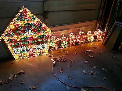 RARE XLarge VTG Outdoor Holographic Lighted Gingerbread House w 6 Boy Girl Man