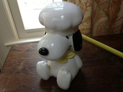 Snoopy with Chef Hat Cookie Jar 8 in tall orig label exellent condition