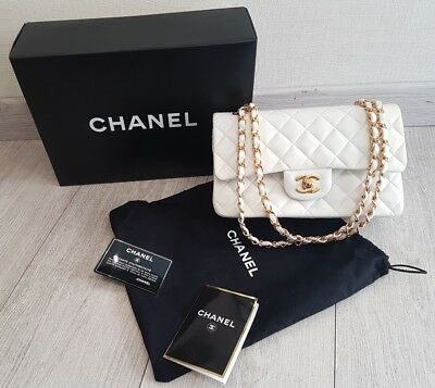 e737ec4969 Sac Chanel Timeless Cuir Blanc / Chanel Timeless Hand Bag + Dust Bag + Carte