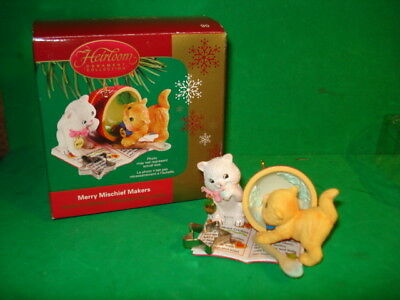 Carlton Cards Merry Mischief Makers 2005 Heirloom Collection  Ornament