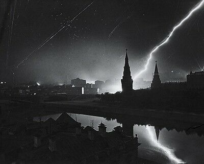 """Air Raid Over Moscow Russia 1945 8""""x 10"""" World War II Photo Picture 277"""