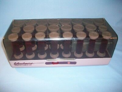 Windmere Electric Gentle Curls Hot Rollers 24 Red Flocked Curlers with 11 Clips
