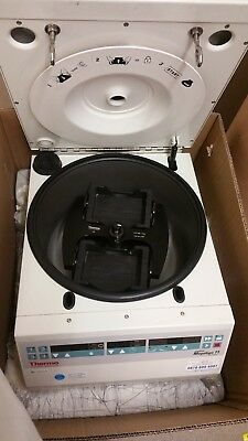 Heraeus Megafuge 11 Centrifuge Series,only ever used to spin Microplates for NGS