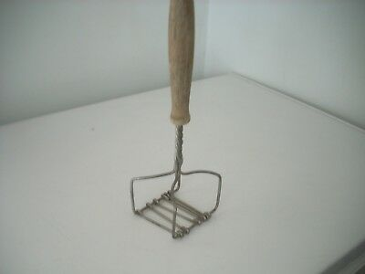 Vintage Antique Square Twisted Wire Potato Masher Wood Handle Kitchen Gadget