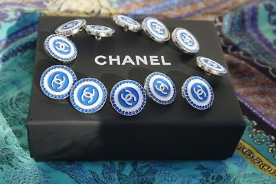 Chanel buttons 12 pieces logo CC 18 mm