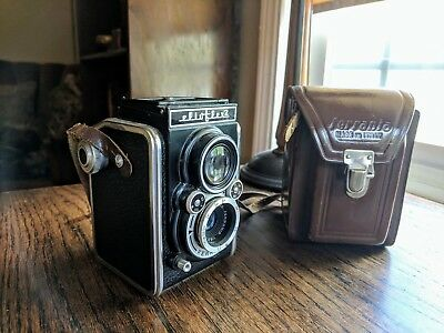 Ferrania Elioflex 2 TLR 50s Vintage Italian Camera, perfect condition with case