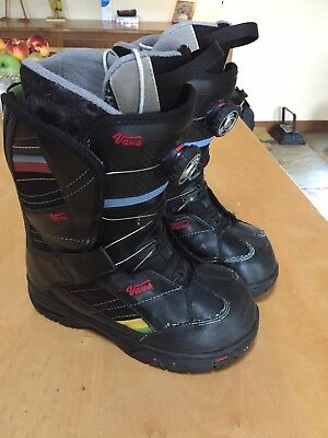 96c893935e Vans Snowboard Boots Size US6 Uk 3.5with BOA system Fastenings
