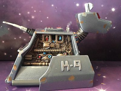 DOCTOR WHO CLASSIC COMPANION RUSTY K9 mk3 with PULL BACK & GO MOTION 10th DR ERA
