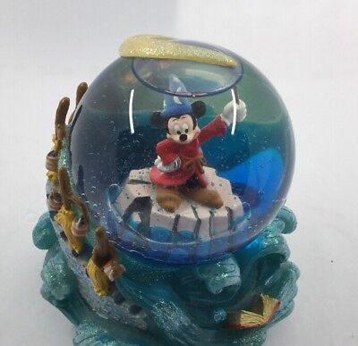 Mickey Mouse The Sorcerer's Apprentice Fantasia Musical Water Globe
