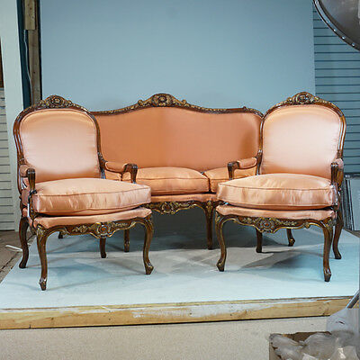 Fantastic Louis XV Sofa and 2 arm chairs in Mahogany with Coral fabric