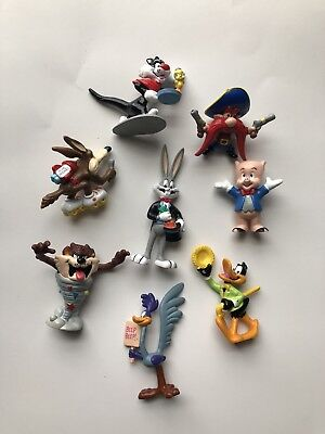 SHELL GAS Promotional Collectibles LOONEY TUNES Figurines - 8 Characters
