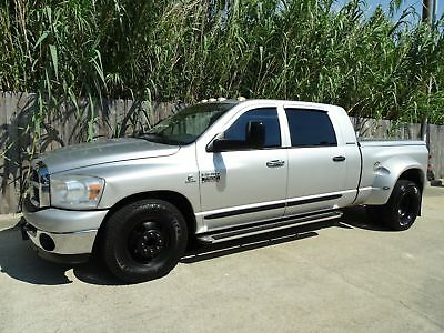 Dodge Ram 3500 SLT 2007 Dodge Ram 3500 SLT Mega Cab 5.9L Cummins Turbo Diesel Engine