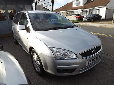 - 2007 Ford Focus 1.8 125 Ghia -- ESTATE -- 70,000miles -- 12 MONTHS MOT -