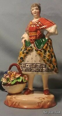 Vintage Porcelain Capodimonte Lady Figurine Statue, Made In Italy. In GREAT Cond