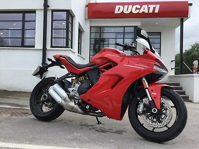 Ducati Supersport Red 2018