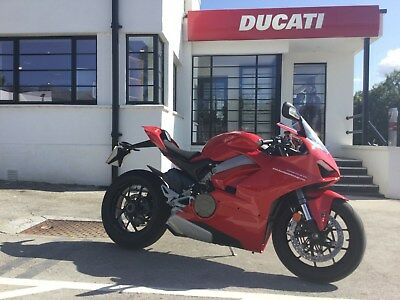 Ducati Panigale V4 2018 Red