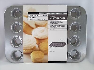 WILLIAMS SONOMA Commercial Quality Bakeware Mini Muffin Pan 24-Well NEW!