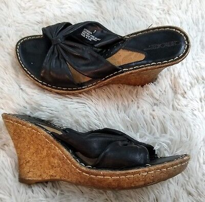 ed53154a1 Cherokee Womens Size 7 Sandals Black Leather 3