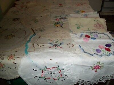 Bulk lot vintage assorted doilies, crochet, embroidered and white. vgc