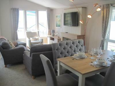 For sale luxury lodge holiday home with stunning sea views & deck- South Devon