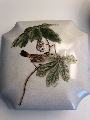 WL 1895 Wong Lee Hand Painted Porcelain Jar with lid Bird Leaves