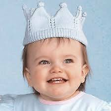 ZUBELS Hand-knit blue crown hat for babies and toddlers **FREE GIFT WRAPPING**