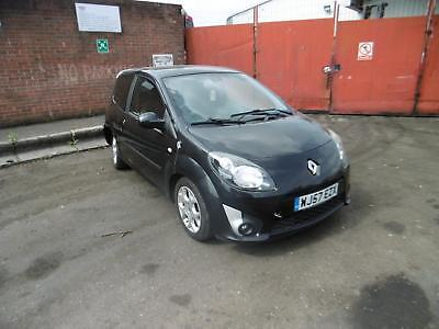 RENAULT TWINGO 2 PH2 Salvage Vehicle CATEGORY N (RUNS + DRIVES)
