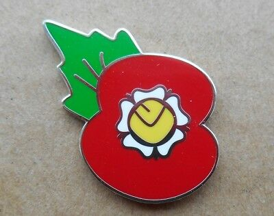 Leeds United Poppy Badge