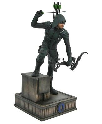 Diamond Select DC Gallery - Arrow TV Series - Oliver Queen Statue