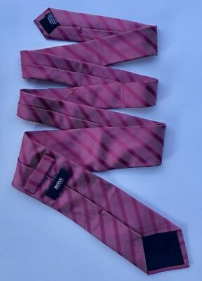 """Hugo Boss Silk Tie Classic Striped Pink Stripes Made in Italy EUC 3 1/8"""" x 57"""""""
