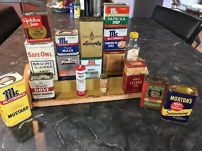Vintage Griffith Spice Rack with 16 Spices of Various Companies