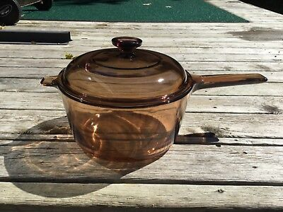 Visions Corning France , glass cooking pot with lid, 2.5 L