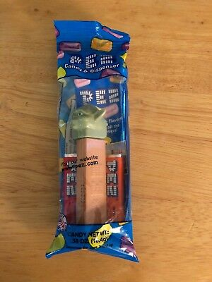 Yoda PEZ Candy and Dispenser Collectible
