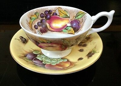 Aynsley Orchard Gold Saucer And Apples Cup