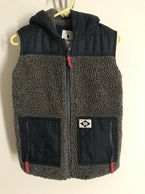 Country Road Boys Hooded Vest size 6-7