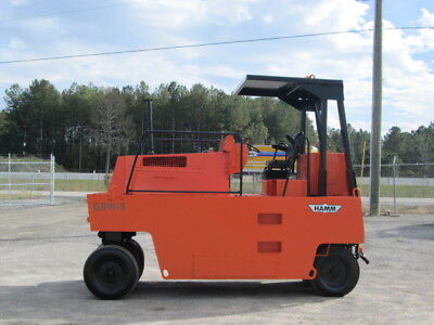 2000 Hamm GRW5 9 wheel pneumatic roller