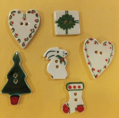 Vtg Ceramic Hand Painted Christmas Holiday Buttons: Tree Hearts Stocking Bunny