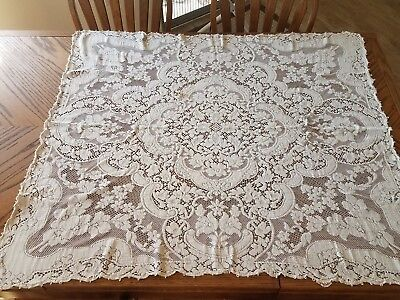 Gorgeous Vintage Floral Quaker Lace Tablecloth No. 4290 Beige 41x48