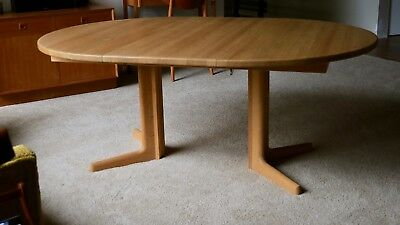 Mid Century Modern Niels Otto Møller Dining table, solid oak, expandable, Danish