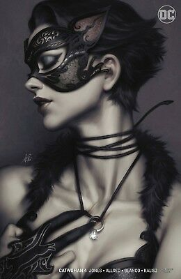 CATWOMAN #4 2 Book Set Foil Cover and Artgerm Variant DC Comics FREE SHIPPING!!