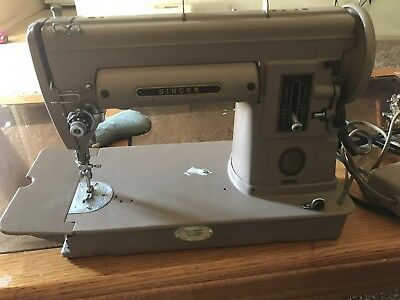VINTAGE 40'S SINGER 40A Working SEWING MACHINE In Original Case Delectable Singer Sewing Machine 301a Value