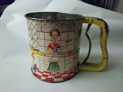 """Vintage """"3 SCREEN"""" Androck Hand Sifter 1950's Tin Litho Kitchen Scene"""