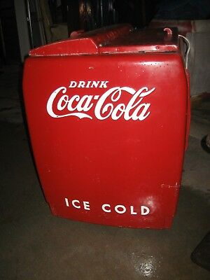 1950's Coke Westinghouse WD 12 cooler, runs,cools,good body,complete !