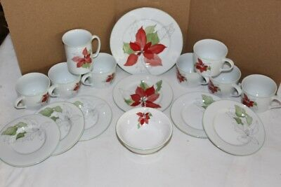 Block Poinsettia Dishes Assorted Set of 16  Excellent Pre-owned Condition