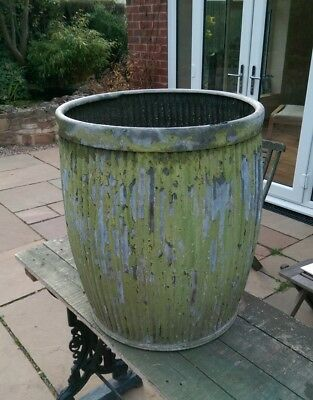 Large Antique Galvanised Dolly Tub planter.