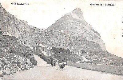 AK Gibraltar ca. 1910 Governor's cottage Street, lady with Pram