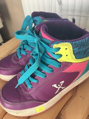 Heeley's Type Trainers Size 1