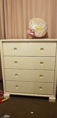 King Parrot Baby/Child Chest of Drawers with removable Change Table