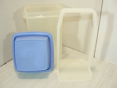 Tupperware Large Pickle Pic-A-Deli Storage Container Periwinkle Blue Lid 1560